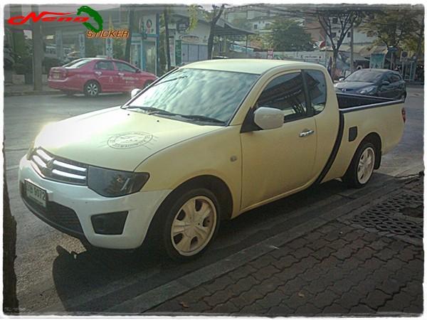 สติ๊กเกอร์ติดรถ20140107-060